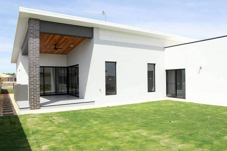 Shepparton luxury display home Exterior