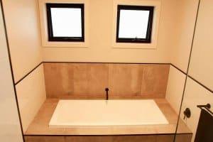 Shepparton luxury display home bath