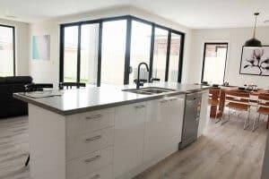 Shepparton luxury display home kitchen bench